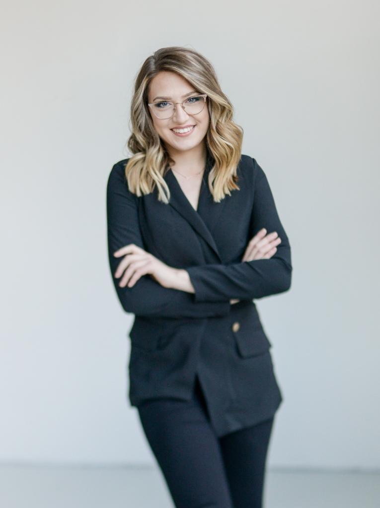 Jessica Hammer Headshot